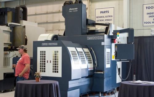 new used cnc manual machine tools online auction 1 rh hilcoind com Haas CNC Kuraki CNC