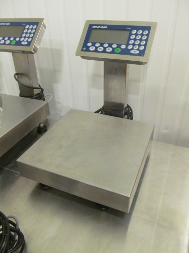 Fresh & Easy Foods - Webcast Auction - 1 - Mettler Toledo 30-kG Scale