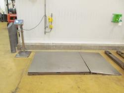 1 - Mettler Toledo DNE1500sk  1500 kg Floor Scale