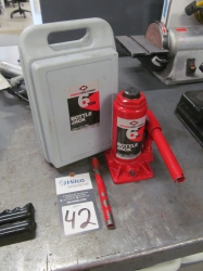 1 - AFF 6 Ton Hydraulic Bottle Jack