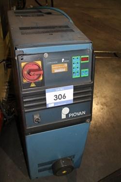 1 - Piovan TH12W Mould Temperature Controller