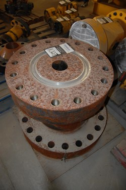 1 - FMC Dual Bore Adapter Flange (13.5 / 3