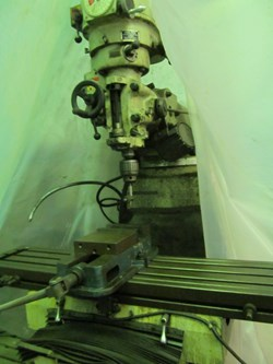 1 - First LC-185C5 3-HP Vertical Milling Machine