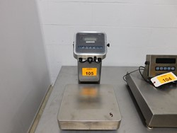 1 - Avery Weightronix ZM201 stainless table top digital Scale
