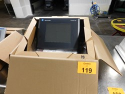 1 - Allen Bradley Panel View 1000 touch screen color display Module