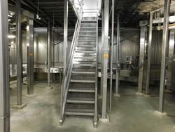 1 - Stainless platform Deck