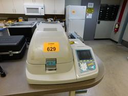 1 - CEM Smart System 5 microwave moisture Analyzer