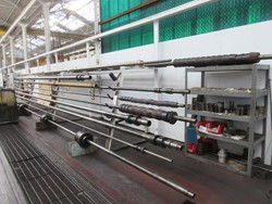 1 - Lot Assorted Inside Boring Shaft Tooling