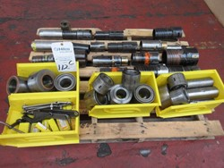 1 - Pallet Assorted inside Boring Tooling