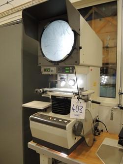 0 - Mitutoyo Profile Projector