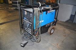 1 - Miller Trailblazer 302 CC/CV, AC/DC 11,000 Watt Professional Series Welder Generator