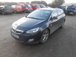 1 - Vauxhall Astra 1.7CDTI (125) 16V SRI 5-DR Estate Car