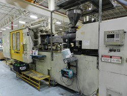 1 - Toshiba ISGT 720 720-Ton Injection Molding Machine