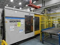 1 - Cincinnati Milacron VL1500-362 1500-Ton x362-Oz. Injection Molding Machine