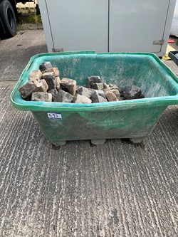 1 - Plastic Builders Tub