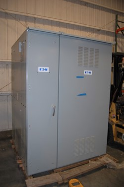 1 - Eaton Pow-R-Line 480 Y / 277 V Electrical Switch Gear