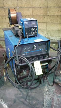 1 - Miller Deltaweld 452 Welding Power Source Welder