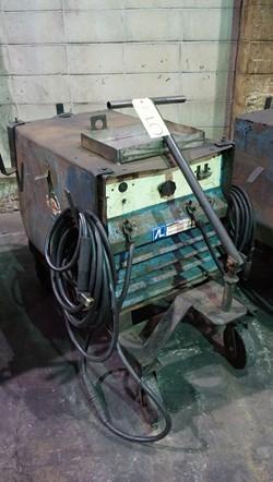 1 - Miller SRH-444 Arc welding Power Source Welder