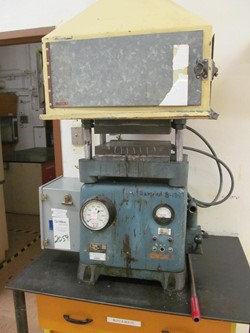 1 - Wabash 30-122T 30 Ton Heated Platen Manual Hydraulic Press
