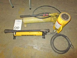 1 - Enerpac P39 10,000 PSI Hydraulic Hand Pump