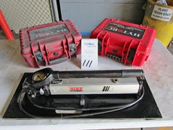 1 - Nike Hydraulics PHS 150-1000 20,000 PSI Hydraulic Hand Pump