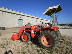 1 - Kubota M 4800 Front End Loader Tractor
