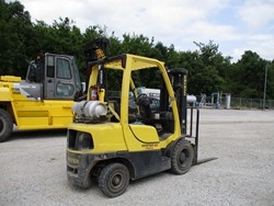 1 - Hyster H 50 FT 5,000 Lbs Capacity LPG Type Forklift Truck