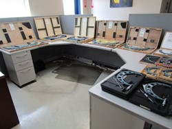 1 - Office Cubicle Office Furniture -  Fixtures & Equipment