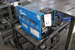 1 - Miler XMT 300 CC/TIG DC Inverter ARC TIG Welder