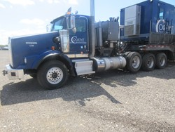 1 - Kenworth T-800 Tri-Axle Tractor