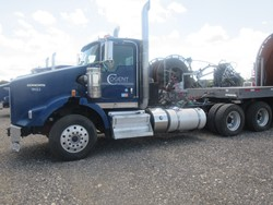 1 - Kenworth T-800 Tandem Axle Tractor