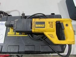 1 - DeWalt DW565 1