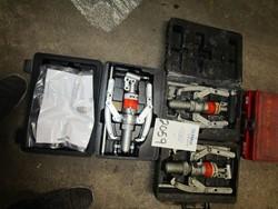 1 - Power Team PH63C 6-Ton Hydraulic Puller