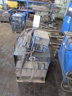 1 - Miller SRH-444 30-500  Amp Arc Welding Power Source