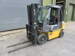 1 - Atlet UID2A25LT 25 Ride-on Gas Powered Fork Lift Truck (2011)